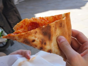 fold your pizza
